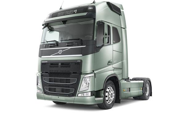 Caminhões Volvo usados a venda em Campinas